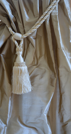 1037 Greige shantung silk